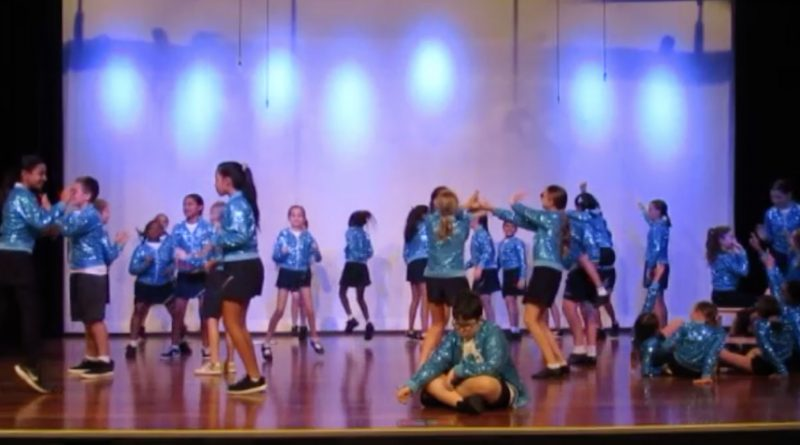 Grand Avenue State School students take out story-dance award
